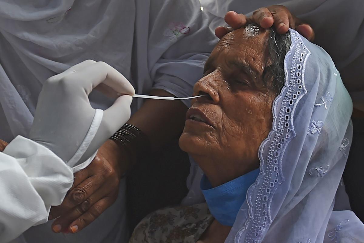 Photo of ملک بھر میں کورونا کی شدت,مزید 2756افراد میں کورونا کی تصدیق