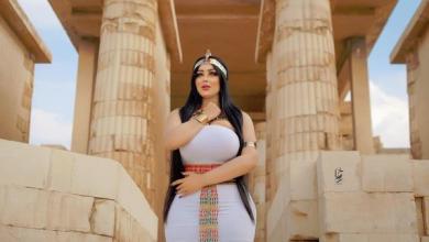 Photo of مصر میں ماڈل کے فرعونی لباس زیب تن کرنے کے واقعے کی انکوائری