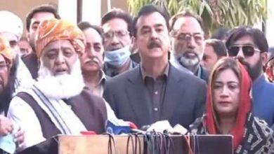 Photo of حکومت کے ساتھ کسی قسم کے مذاکرات نہیں کریں گے۔مولانا فضل الرحمان