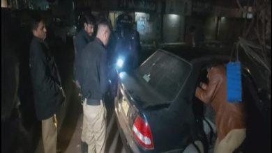 Photo of کراچی کے علاقے گارڈن انکل سریا اسپتال کے قریب کار پر فائرنگ
