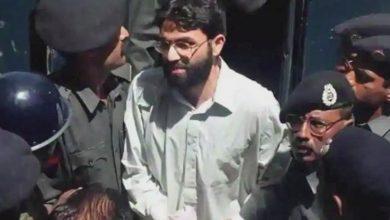 Photo of ڈینیئل پرل قتل کیس ،عمر شیخ کو ڈیتھ سیل سے فوری نکالنے کا حکم